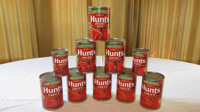 Tomato sauce can for the spaghetti sauce
