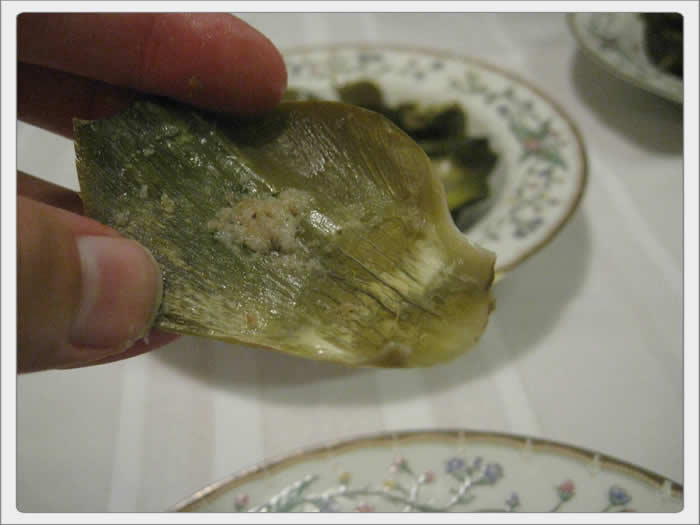 stuffed_artichoke_blowup_photo_04