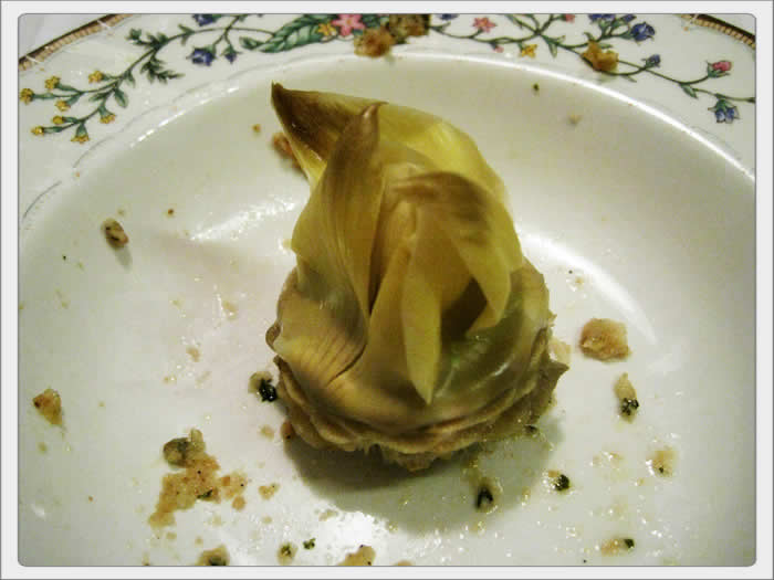stuffed_artichoke_blowup_photo_06